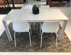 Tavolo rettangolare a quattro gambe Oslo Scavolini scontato
