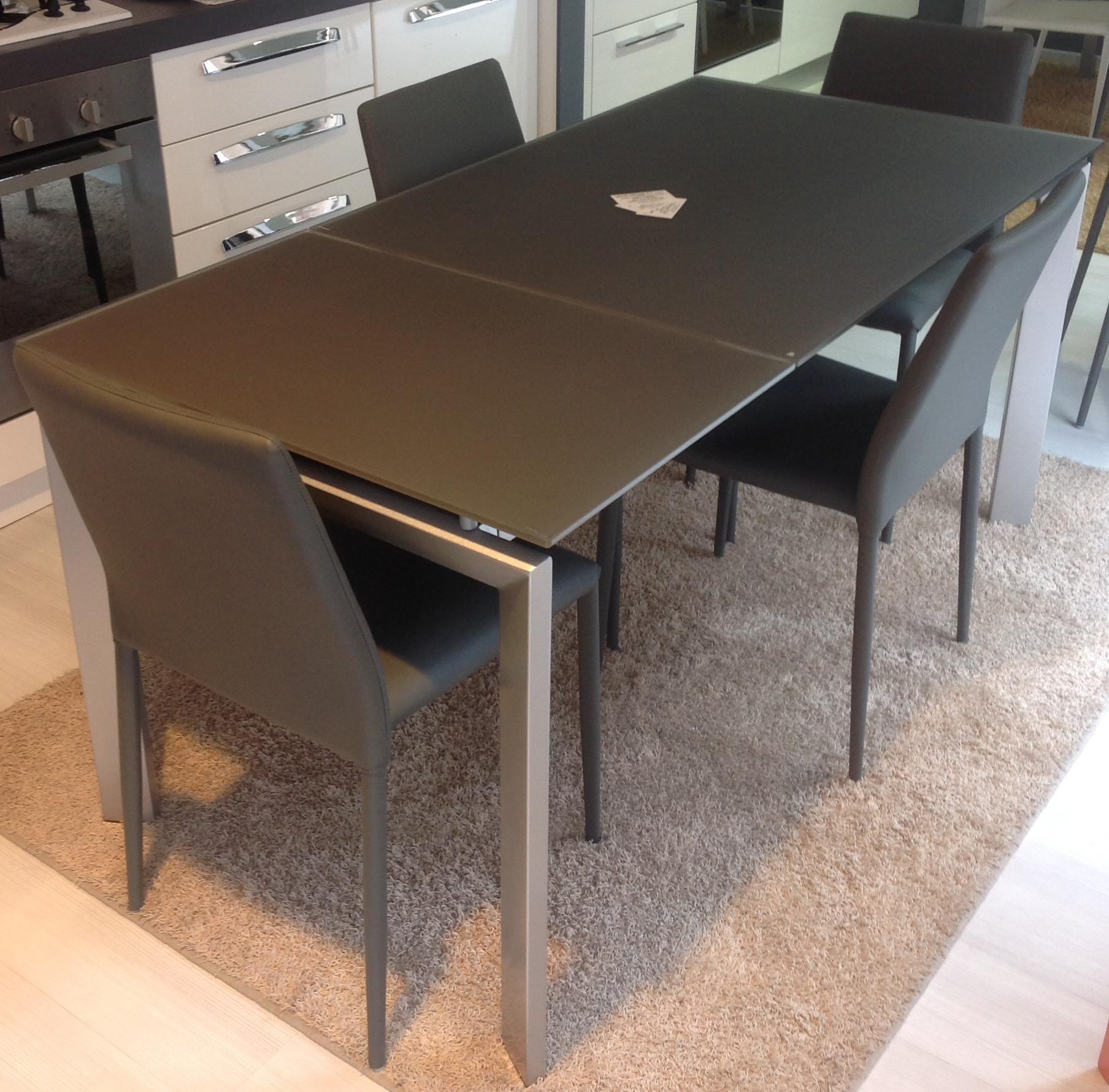 Tavolo rettangolare allungabile modello centauro tavoli for Tavolo rettangolare allungabile