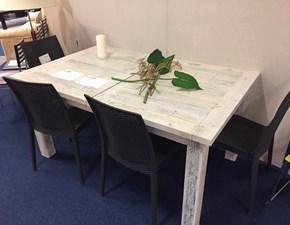 Tavolo rettangolare allungabile Skyh by Julia a prezzo ribassato