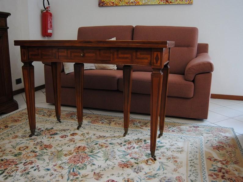 Gambe Con Ruote Per Tavoli.Tavolo Classico A Consolle In Legno Intarsiato Con Gambe Con Ruote