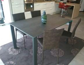 Tavolo rettangolare in ceramica Badù Midj in Offerta Outlet