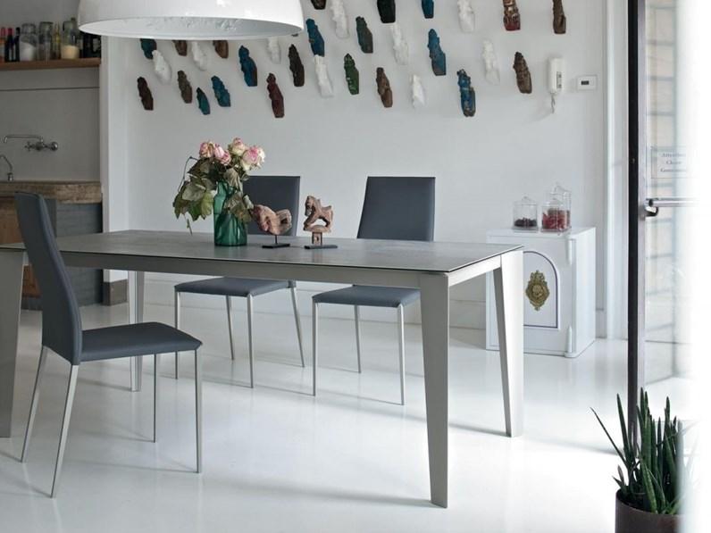 Tavolo rettangolare in ceramica cruz bontempi casa in for Tavoli rettangolari moderni