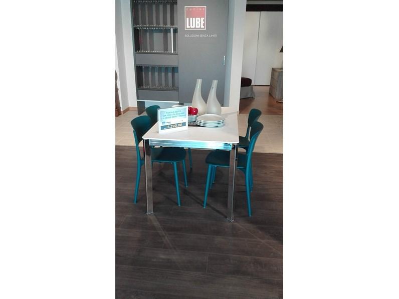 Tavolo rettangolare in laccato seico ingenia in offerta outlet for Gili arredamenti