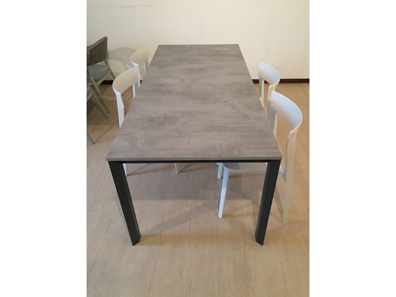 Tavolo rettangolare in laminato tavolo duca calligaris in offerta outlet - Tavoli calligaris in offerta ...