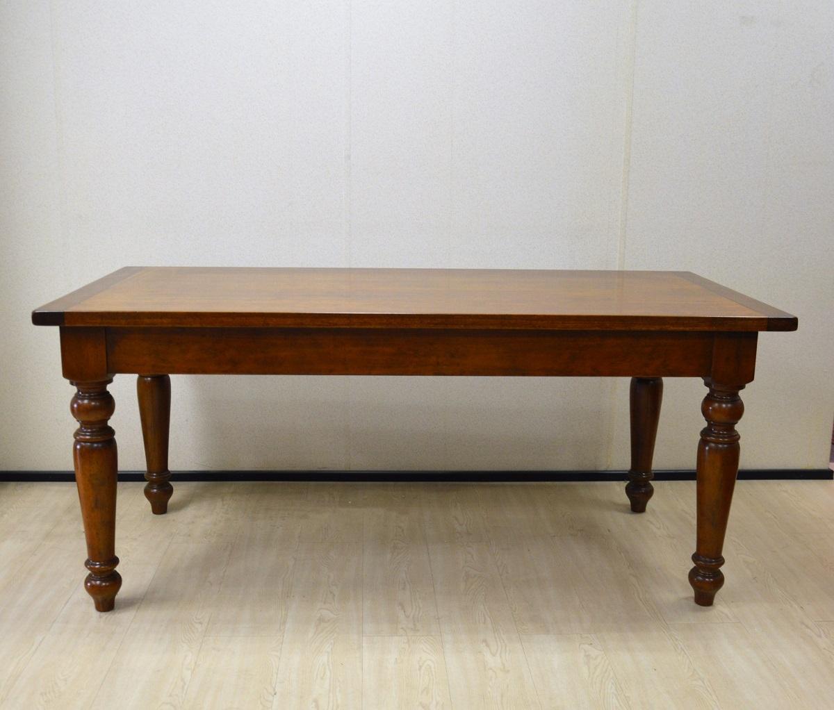 Tavolo rettangolare in legno massello di produzione - Tavolo rettangolare ...