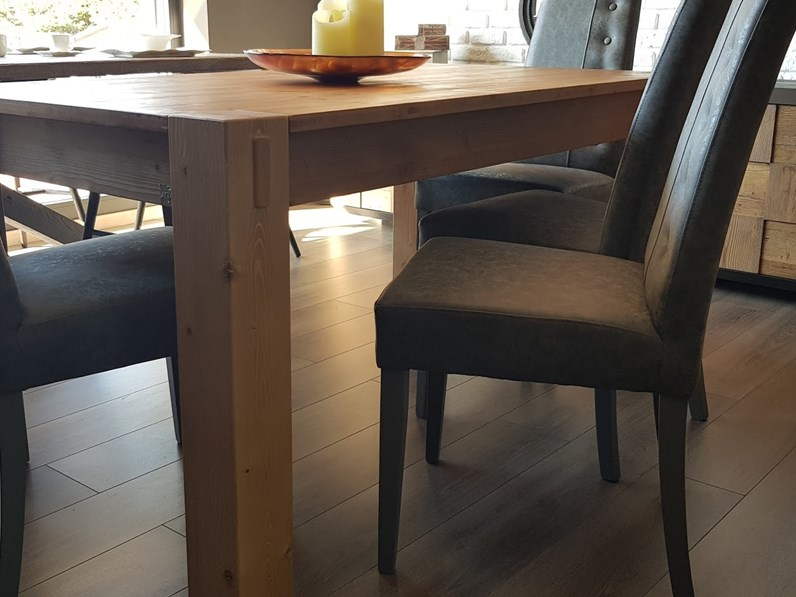 Tavolo rettangolare in legno Stoccolma di Alta corte in Offerta Outlet