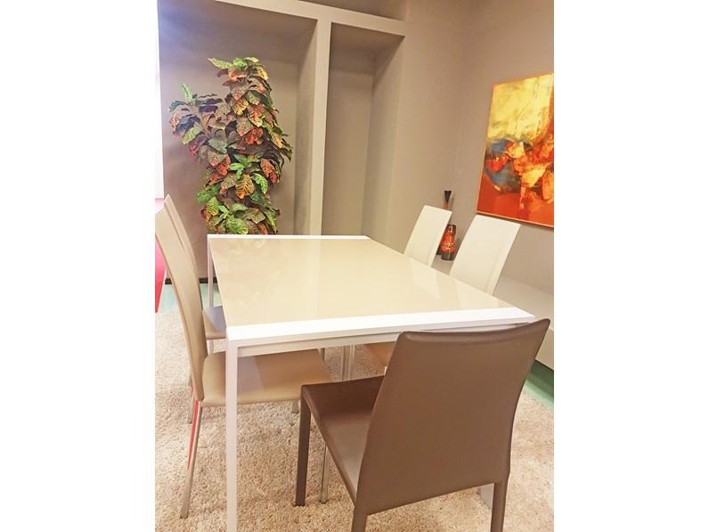 Tavolo rettangolare in vetro ar artigianale in offerta outlet for Visma arredo outlet