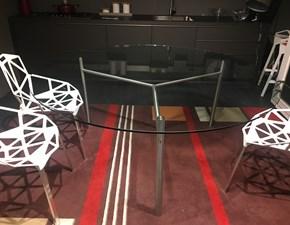 Tavolo rotondo con basamento centrale Duemilaotto Boffi scontato