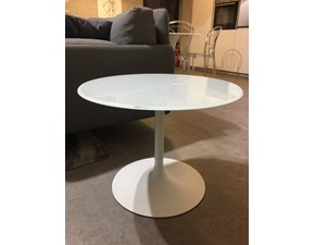 Tavolo rotondo con basamento centrale Flûte bar Sovet italia scontato