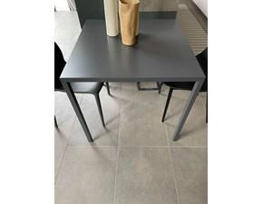 Tavolo rotondo in metallo Mono Pianca in Offerta Outlet