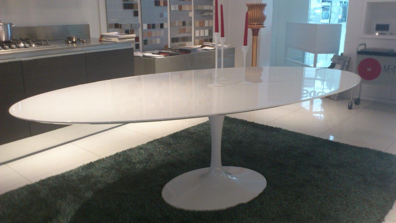 Best Tavolo Saarinen Ovale Ideas - ubiquitousforeigner.us ...