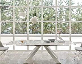 Tavolo sagomato in ceramica Cosmo Friulsedie in Offerta Outlet