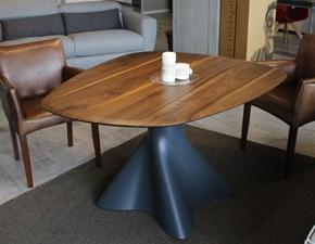 Tavolo sagomato in legno Shift Artigianale in Offerta Outlet