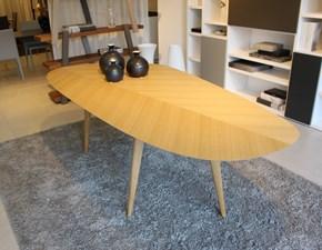 Tavolo sagomato in legno Tweed 2317 Zanotta in Offerta Outlet