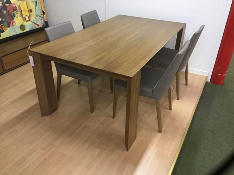 Tavolo santarossa folio con 4 sedie scontato del 50 - Santarossa mobili prezzi ...