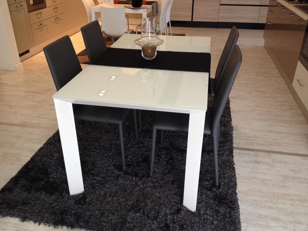 Tavolo scavolini mod tai vetro 160 x 90 cm all 34 tavoli a prezzi scontati - Tavolo tai scavolini ...