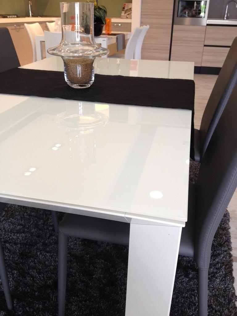 Tavolo scavolini mod tai vetro 160 x 90 cm all 32 tavoli a prezzi scontati - Tavolo tai scavolini ...
