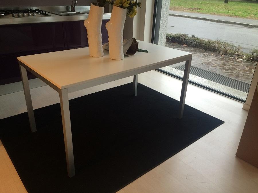 Tavolo scavolini speedy tavoli a prezzi scontati - Lube tavoli e sedie prezzi ...