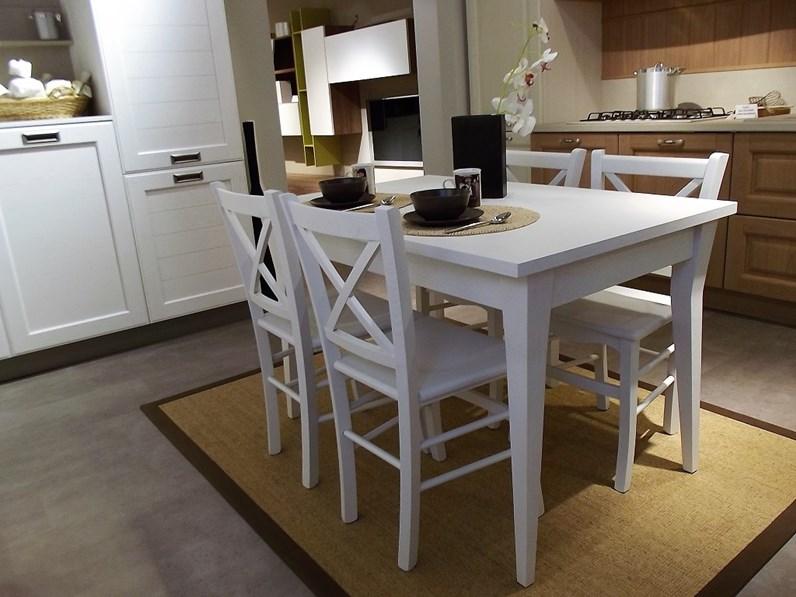 Tavolo allungabile York+4 sedie Stosa Cucine scontato del 30 %