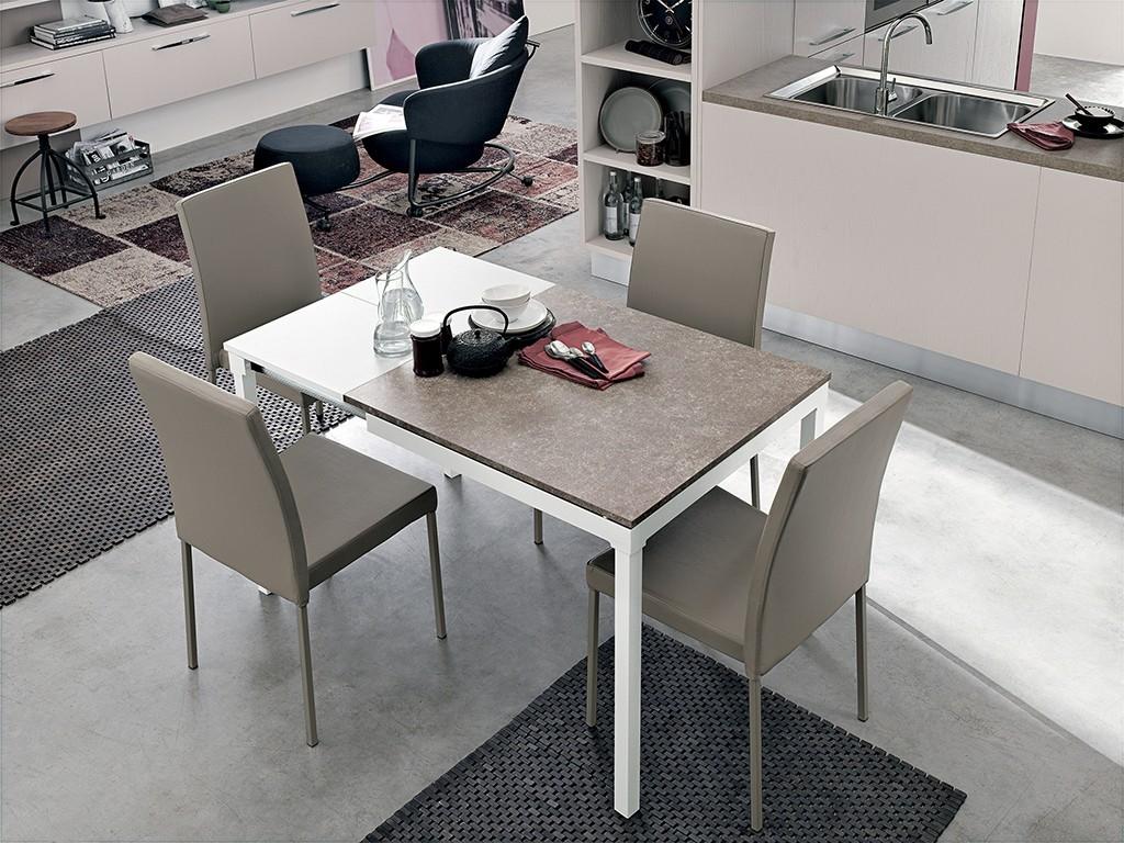 Tavolo target point perigeo 85 quadrati quadrati for Outlet tavoli moderni allungabili