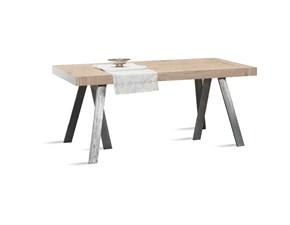 Dimensioni Tavolo Quadrato Per 4 Persone.Prezzi Tavoli In Offerta Outlet Tavoli Fino 70 Di Sconto