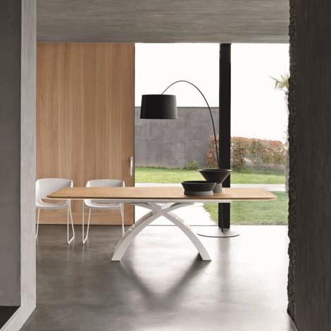 Tavolo tokyo della tonin casa fisso piano in legno di for Piccolo piano di pagamento della casa
