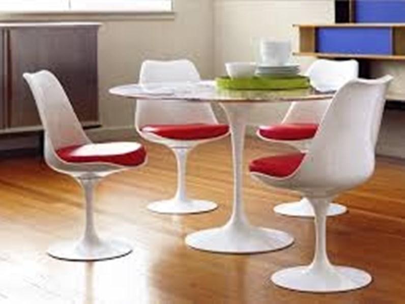 Tavolo Tulip Saarinen Art E 53 O Allungabile Ovale E Rotondo Esprit Nouveau In Offerta Outlet