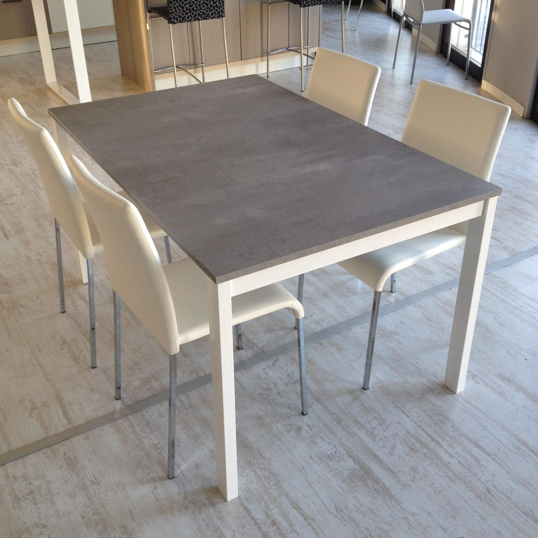 I mobili ikea cucina isole for Ikea tavolo bianco