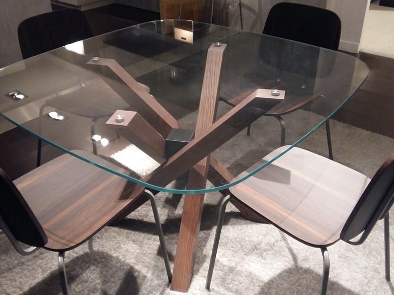 Tavolo e sedie Veneta Cucine scontate del -30%