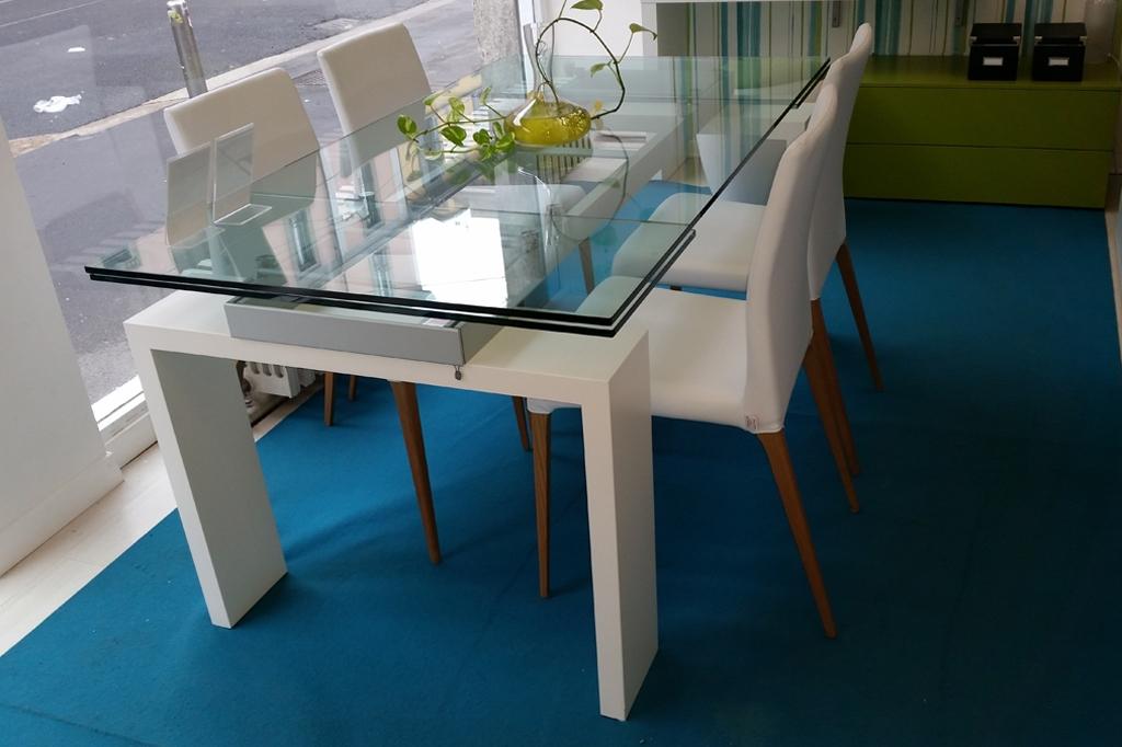 Tonin casa tavolo brooklyn scontato tavoli a prezzi scontati for Tavolo cristallo prezzi
