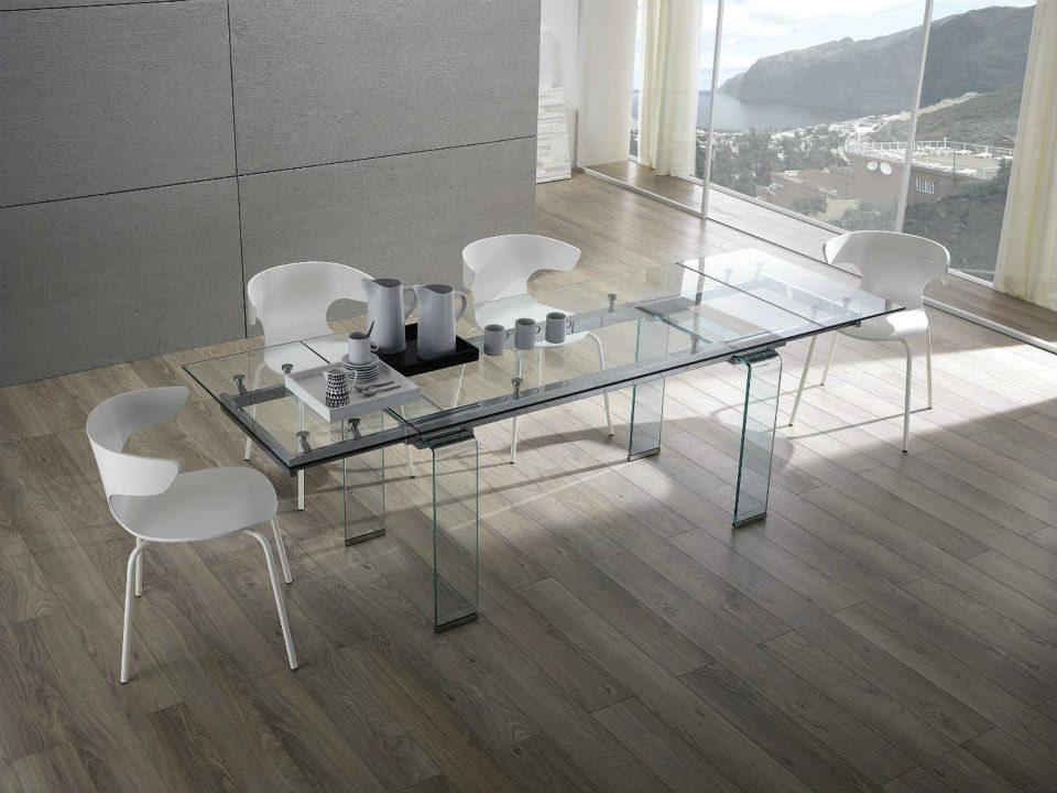 Tavolo zamagna glass quattro sedie new taste tavoli a for Tavoli ovali allungabili in vetro