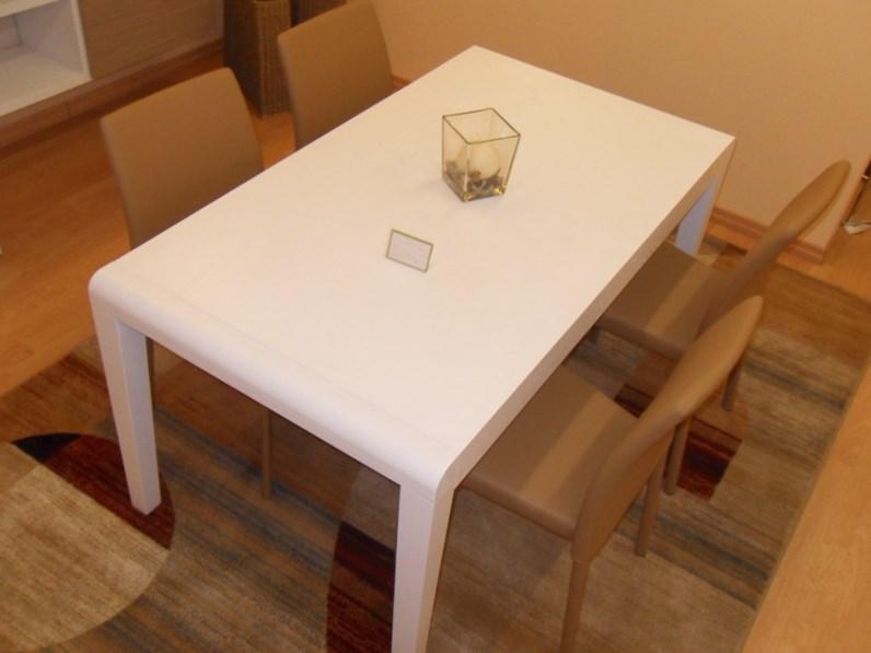Tavolo zamagna tavolo e 4 sedie prezzi outlet for Sedie outlet
