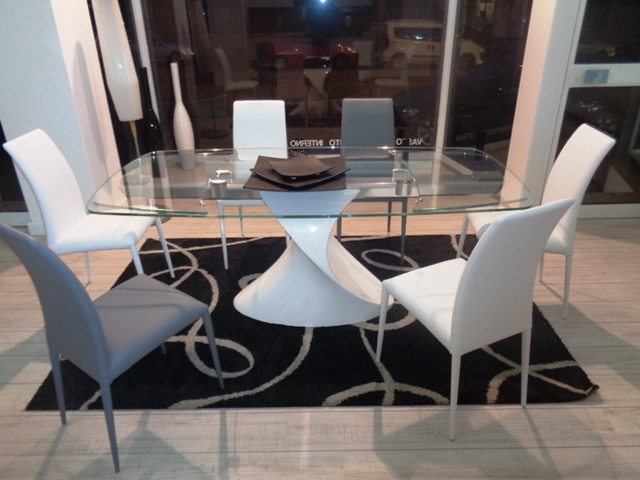 Tonin casa tavolo tavolo shangai tonin casa vetroresina laccato lucido bianco scontato del 58 - Tavolo riflessi shangai allungabile ...